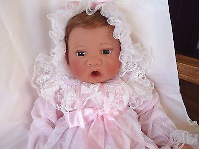 "Lee Middleton ""Loving Tribute"" 19"" doll with COA, WHT  LE #2761"