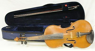 Vintage Czechoslovakian Violin - Full Size: 4/4 - In Case with Bow