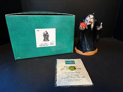 WDCC Snow White Seven Dwarfs ~ Witch ~ TAKE THE APPLE DEARIE ~ Event ~ MIB COA