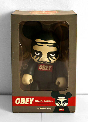 "NEW - Qee 8 inch - 8"" - Toy2r - Shepard Fairey - Stealth Bomber Version 2 - 2007"
