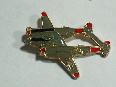 P-38 Lightening fighter Vintage MIlitary Aircraft Pin ,  (1a)(**)