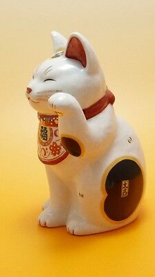 Japan Maneki Neko Lucky Beckoning Cat Toy Fortune Ornament Traditional Culture
