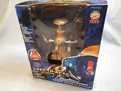 Lost in Space Battle Ravaged Robot Modern Version NMIB Trendmasters 1997