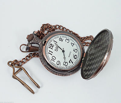 Handmade Vintage Hunter designed Pocket Watch with long chain Made by Dorpmarket