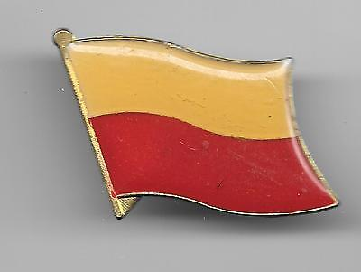 Vintage Flag of Poland old enamel Pin