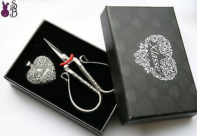 Klasse Vintage Embroidery Scissors and Thread Cutter (Heart Shaped) Gift Boxed