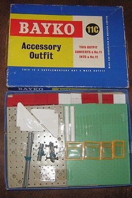 Bayko Accessary Outfit 11C