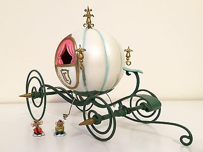 """WDCC - Enchanted Places """"An Elegant Coach for Cinderella"""" Includes Jac and Gus"""