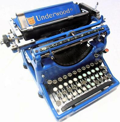 ►Antigua maquina de escribir UNDERWOOD  azul  blue TYPEWRITER de 1939►
