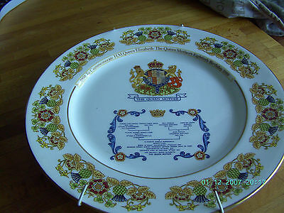 """10.5"""" AYNSLEY PLATE---THE QUEEN MOTHERS 80th BIRTHDAY & FAMILY TREE--ROYAL MEMOR"""