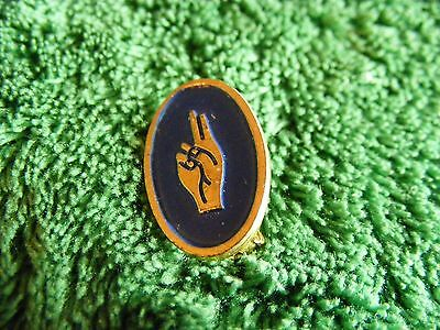 Vintage Brownie Girl Scout Promise Hand Sign Emblem Enameled Pin
