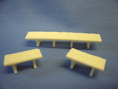 0 Gauge Ex-layout. Set of 1x long bench and 2x short benches. unpainted resin