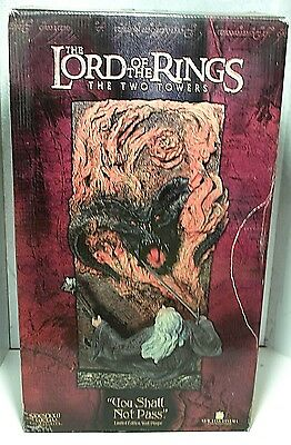 Sideshow Weta YOU SHALL NOT PASS WALL PLAQUE Lord of the Rings Gandalf Rare