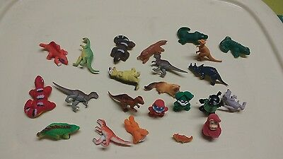 Lot of dinosaurs, lizards and kinder surprise critters