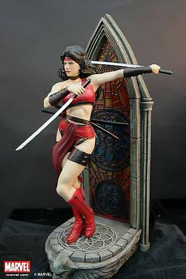 Sideshow / daredevil ...... XM Elecktra 1/4 statue with 2 portraits