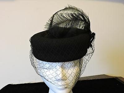 VINTAGE BLACK Pill Box Hat/Headpiece WOOL, FEATHER & NETTING MINT!!