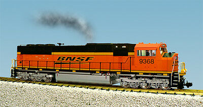 USA Trains G Scale SD70 MAC Diesel Locomotive R22615 BNSF Speed Lettering