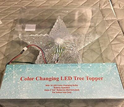Star Christmas Tree Topper With Changing Color Lights.