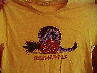 Crazy Shirts Hawaii - Catnapple B Kliban Cat T-Shirt Youth L / Adult XS
