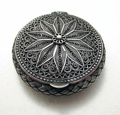 QUALITY Antique Solid Sterling Silver FILIGREE Pill Snuff Vesta Box Container