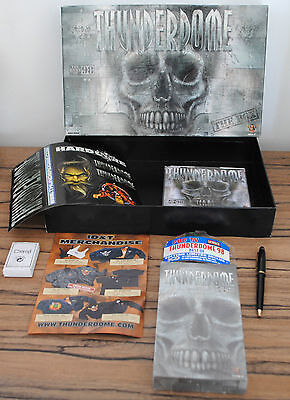 THUNDERDOME - THE BEST OF 98 - THE BOX collector (3 CD & VHS sous blister !)