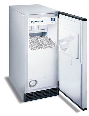 Manitowoc 53Lb Undercounter Ice Cube Machine Self Contained Air Cooled - Sm-50A