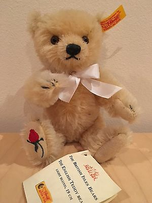 Steiff English Teddy Bear, from the British Isles collection
