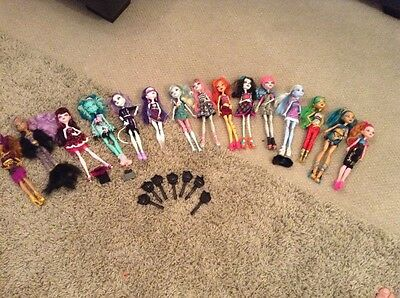 15  off MONSTER HIGH DOLLS