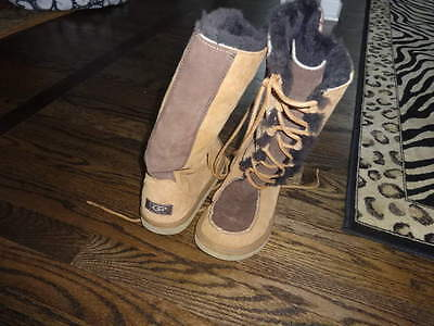 Ugg Girls Womans 5 Brown 2-Tone Tall Boots Too Cute W Laces