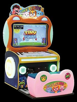 UNIS Tiny Tunes Coin Operated Redemption Machine