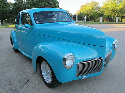 1941 Studebaker Champion  1941 Studebaker President, chevy v-8, automatic, front disc brakes, p/s, A/C