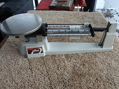 Ohaus Triple Beam 700/800 Series Scale 2610g - 5lb - Excellent