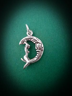 Unusual 925 Sterling Silver Movable Goddess On Crescent Moon Pendant