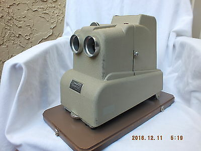 Completely REBUILT Viewmaster Stereomatic 500 Projector In Superb Condition