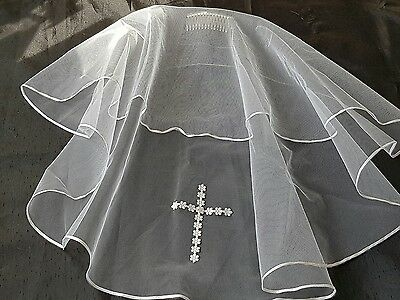 Traditional Communion Veil with Daisy Cross