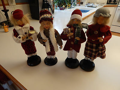 Christmas Carolers Dickens style Victorian  figure set 4  lot 10 ""