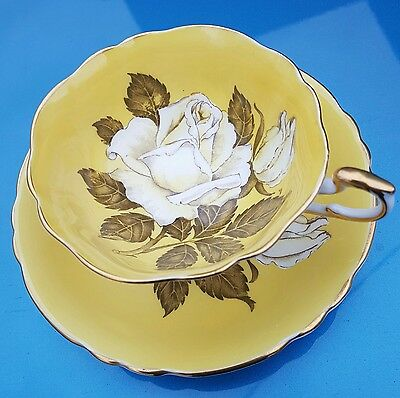 Vintage Paragon China Tea Cup & Saucer Hm Queen Mary Huge Yellow Roses Gold Trim