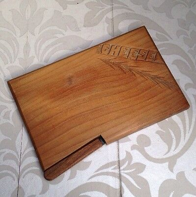 Nice Vintage Wooden Cheeseboard Breadboard Hand Carved Old Kitchenalia