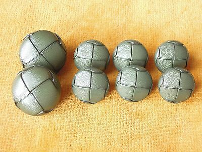 Set of 8 Green Vintage Retro Leather Look Plastic football Buttons #559