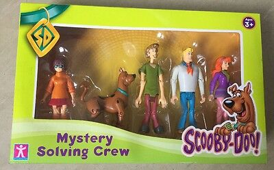 Scooby Doo Mystery Solving Crew Figure (Pack of 5)