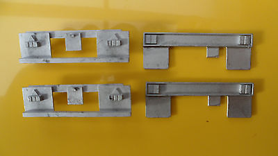Rear bumpers x 4, 1/50th, white metal, trailer/lorry/truck/code 3