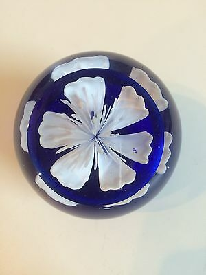 Genuine Abacus White Flower Art Glass Paper Weight