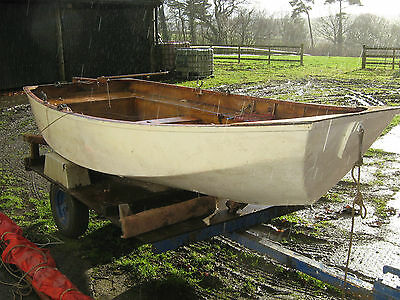 11ft sailing dinghy with road trailer and sails