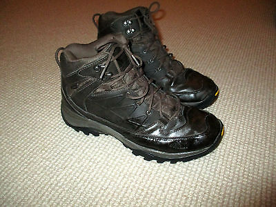 North Face Hydroseal  Mens Quality Light Waterproof Hiking Boots  12Uk Vgc $299
