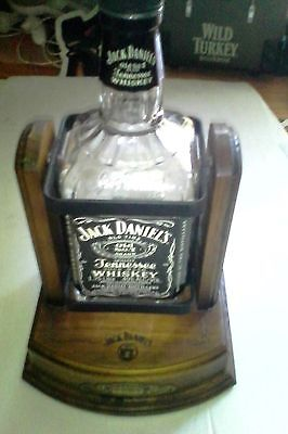 jack daniels cradle 1.75lt - 2005 stumpy bottle (mt)