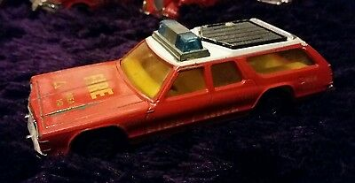 fire engines matchbox super kings dodge monaco estate fire chief county bricade