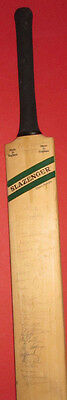 GENUINE COLLECTABLE signed cricket bat, INDIA ,NEW ZELAND, LANCASHIRE,MIDDLESEX,