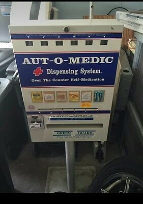COMMERCIAL MEDIC-AID MEDICINE VENDING MACHINE  COIN OPERATED vintage