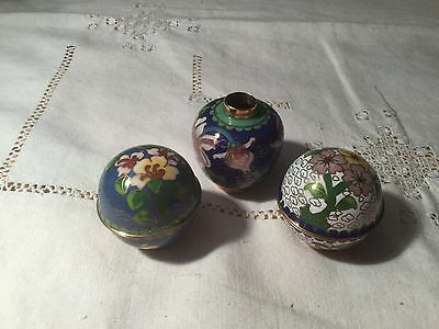 Chinese Cloisonné Lidded Pots & Vase in Blue & Floral Design  Very Collectable