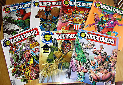 7 x The complete Judge Dredd Magazines/Comics Issues 2,3 & 6-10 inc.dated 1992